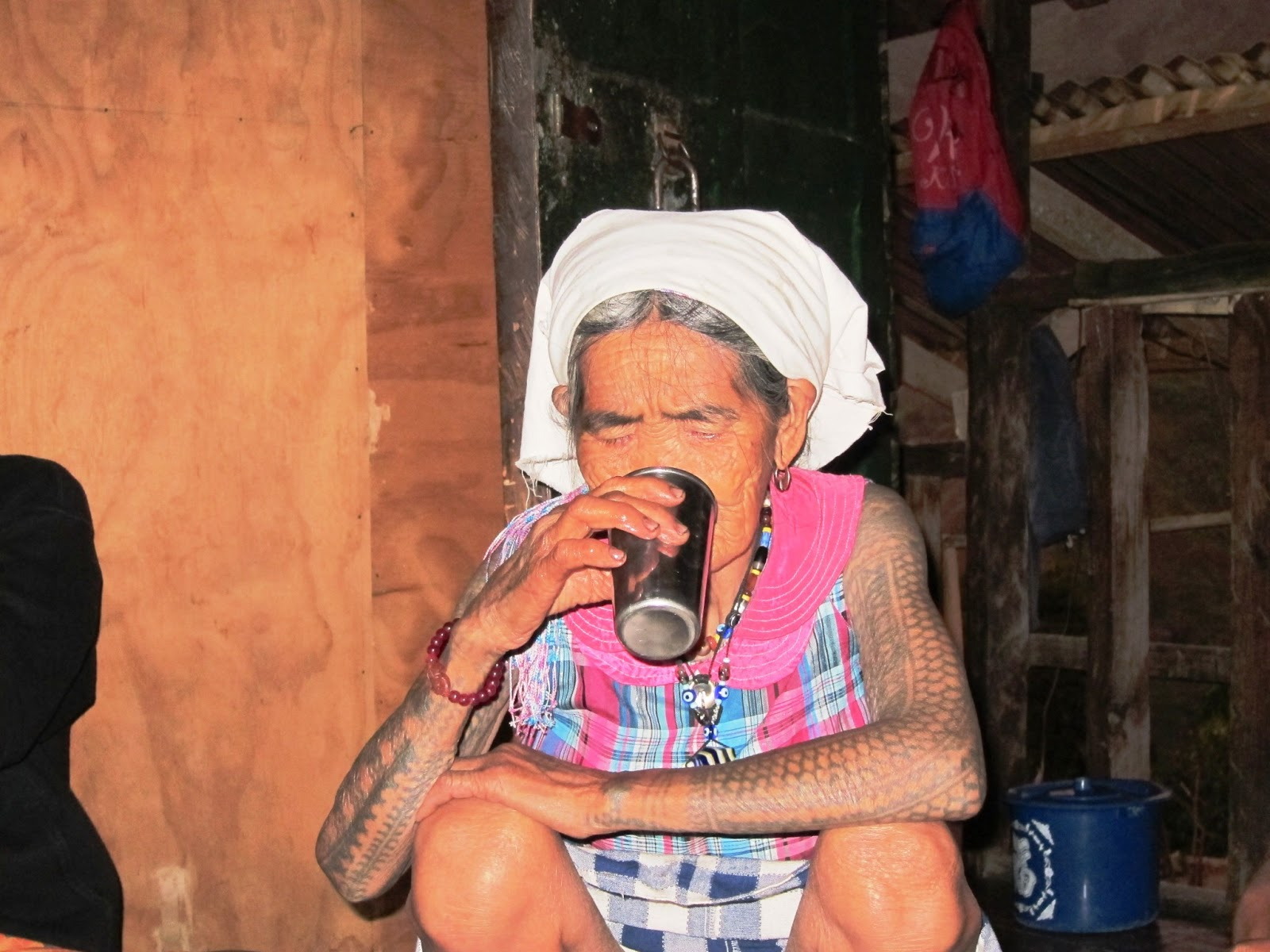 tribal kalinga tattoo whang-od artist tattoo for Od, the living the tribal Whang Philippines last artist in