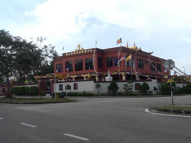 Tibetan temple Bandar seri alam