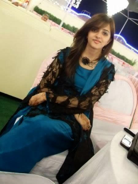 Beautiful+Pakistani+Girls+Wallpapers018