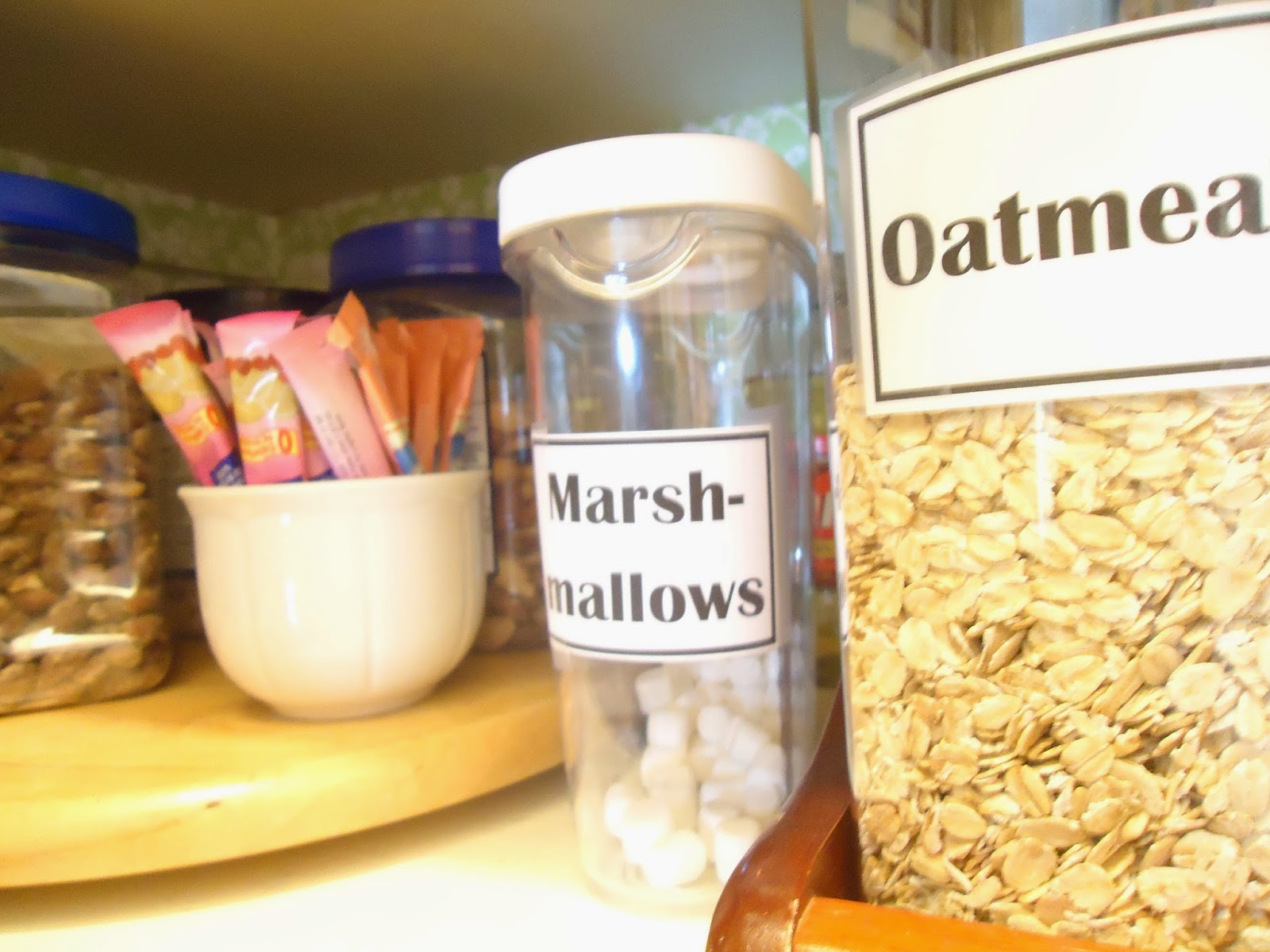 25 of My Best Organizing Hack: Cups for Organizing in the pantry:: OrganizingMadeFun.com