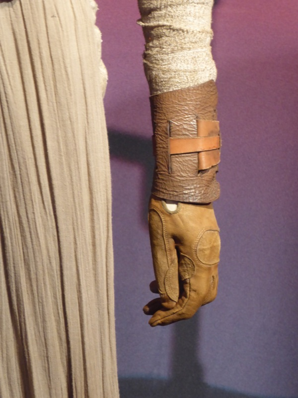 Star Wars Force Awakens Rey glove