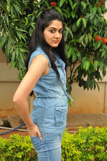 Sakshi choudary gorgeous looking Pictures 007.jpg