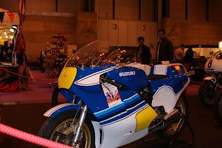 Mi preferida! Una Suzuki RG500 que fue el lujo máximo en los circuitos de los primeros 80 en España