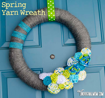 Spring Yarn Wreath from Unoriginal Mom
