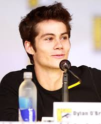 What is the height of Dylan O'Brien?