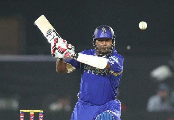 Stuart-Binny-RCB-vs-RR-IPL-2013