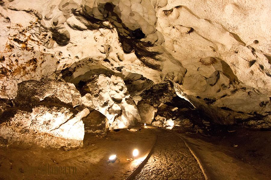 Magura cave