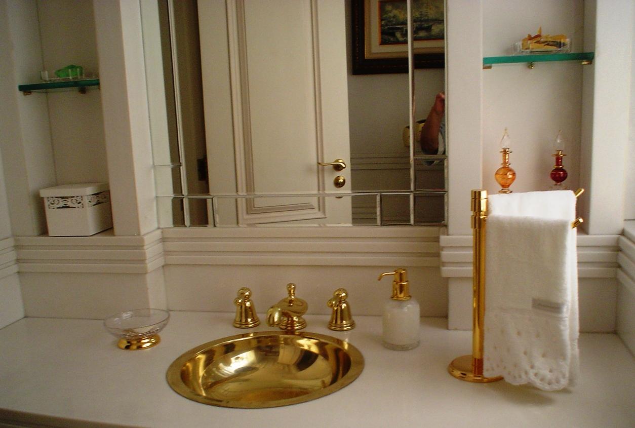 Construindo Minha Casa Clean: Banheiros e Lavabos Decorados com Cubas  #A26E29 1254 845