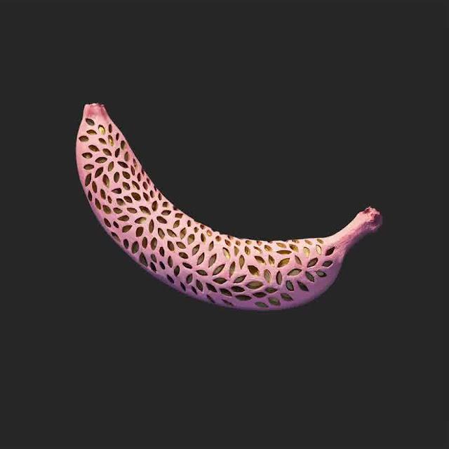 hand-carve banana geometric patterns