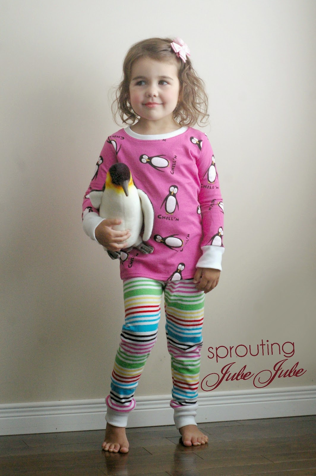 http://sproutingjj.blogspot.ca/2014/09/all-you-need-jammies-heidi-and-finn.html