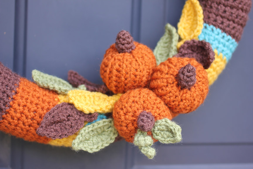 The leaves are a free pattern from Wind Rose Fiber Studio . You can ...