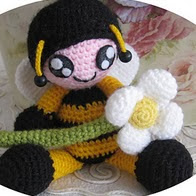 http://www.ravelry.com/patterns/library/kid-in-costume---bee
