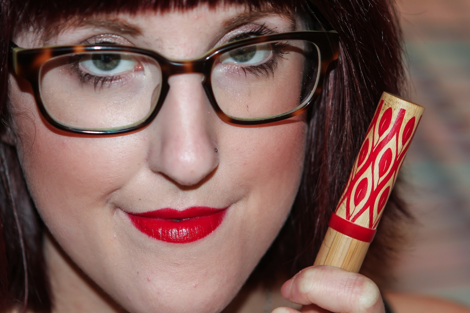 Abby Williamson: Red Lip Series: Tarte Glamazon in Wild!