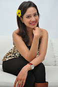 Madalasa sharma glamorous photos-thumbnail-9