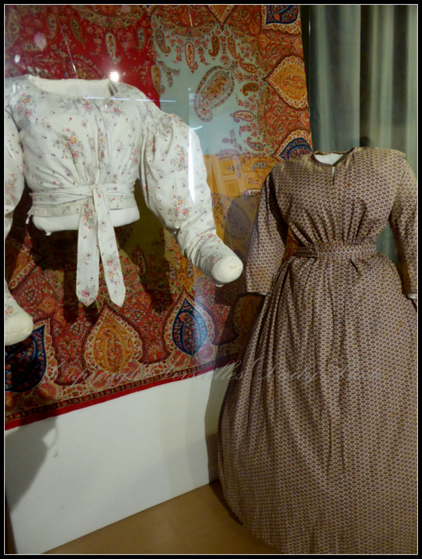 XIXth century toile clothes
