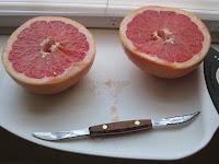 grapefruit with grapefruit knife