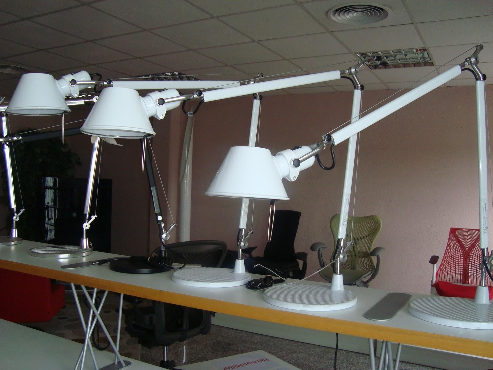 Liquidacion muebles de dise o lamparas sobre mesa - Lampara tolomeo precio ...