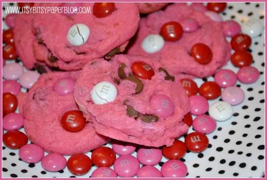 ... Cookie Time Tuesday -- Valentine's Day Chocolate Chip Cookies