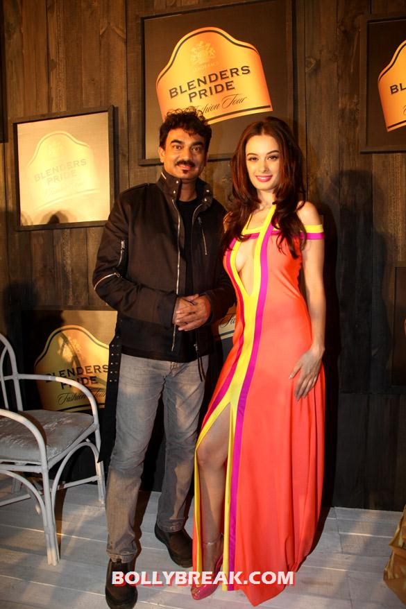 Wendell Rodricks, Evelyn Sharma Seagram's Blenders Pride Fashion Tour 2012 - (4) - Seagram's Blenders Pride Fashion Tour 2012 Photos