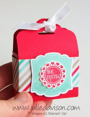 http://juliedavison.blogspot.com/2014/02/video-tag-topper-punch-box-tutorial.html