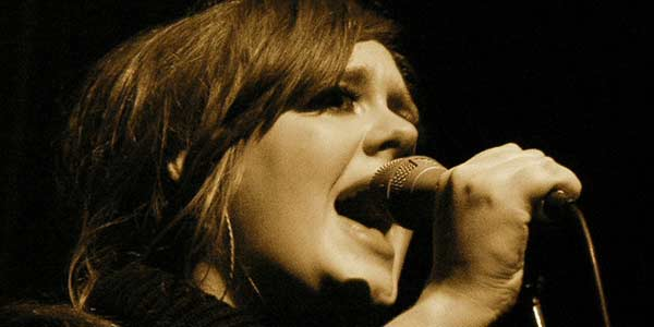 Lagu Adele Paling Banyak Diunduh Pengguna Internet
