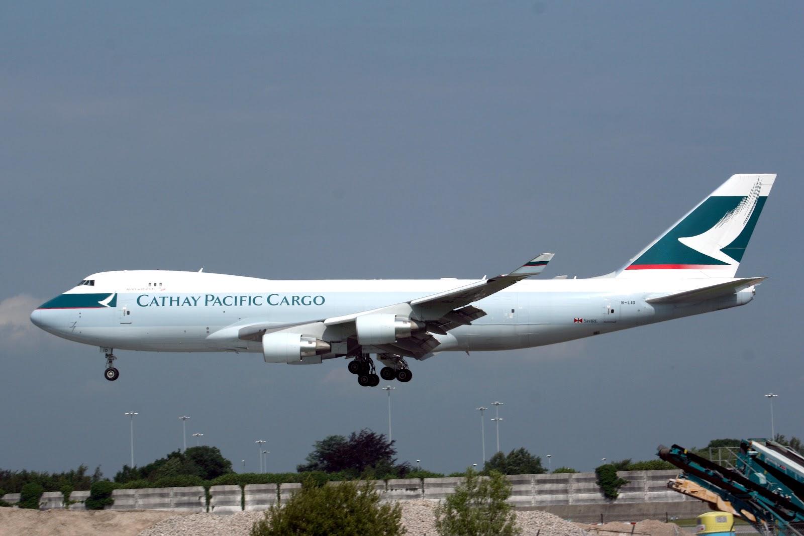 http://3.bp.blogspot.com/-IPNu3VYiTq0/UAt5ZQ6PjJI/AAAAAAAAKto/xnE1VKcMUL0/s1600/boeing_747-400f_cathay_pacific_cargo.jpg