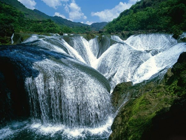 Pearl Waterfall, Jiuzhaigou, Sichuan, China