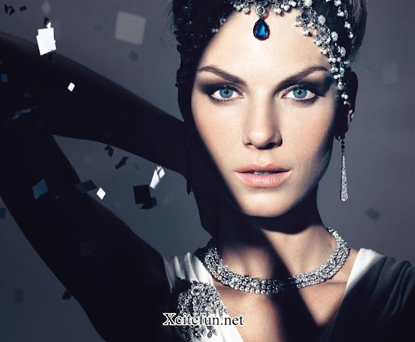 Angela Lindvall Blue Magical Fashion