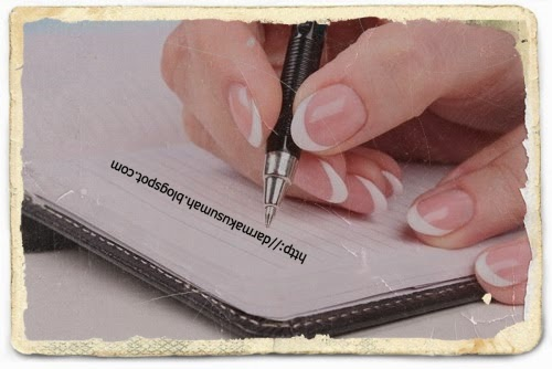 Menulis Petuah Nona Pemimpi Kecil