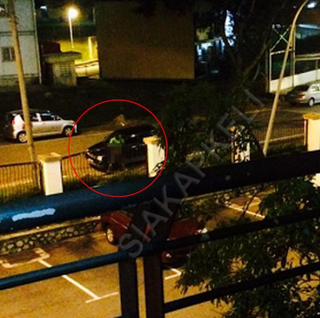 2 Gambar Lelaki Gila Mestubrate Berhampiran Appartment Ixora Melaka