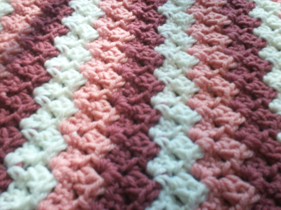 Crochet Afghan Patterns Stripes : Karis Crafts: Pink Stripes Baby Afghan Pattern