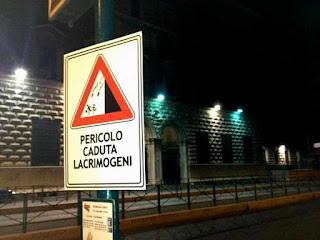 Pericolo_Lacrimogeni_Ministero_Roma_Via_Arenula