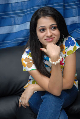 reshma at ee rojullo movie pressmeet hot photoshoot