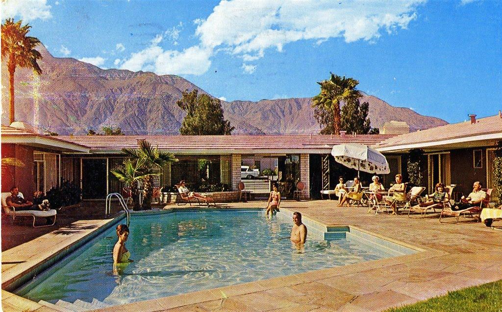 V I Buys Palm Springs Fashion Amp Interiors Style