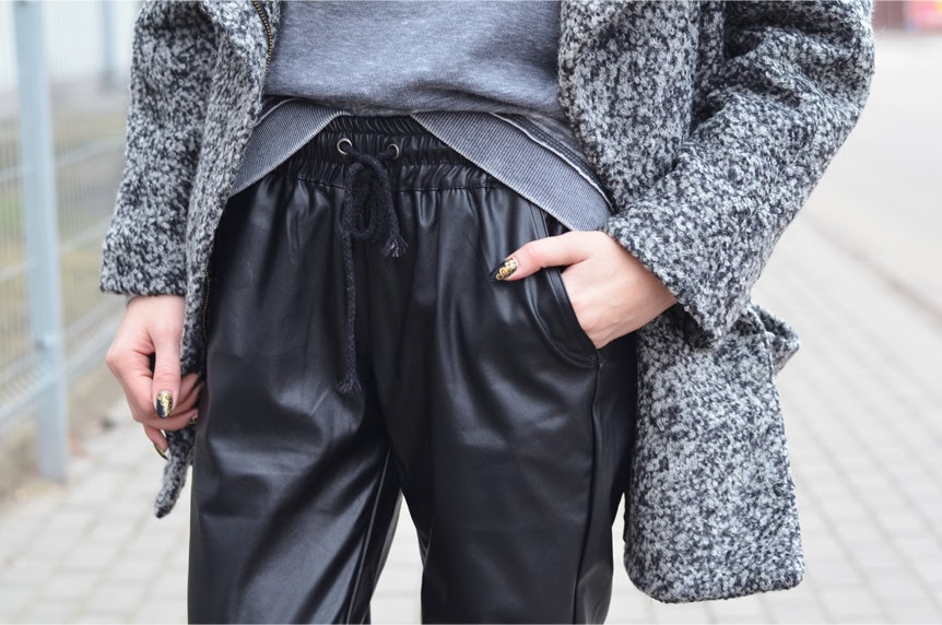 http://www.choies.com/product/kirin-leather-pants-with-draw-cord