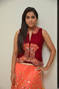 Rashmi goutham latest glam pics-thumbnail-17