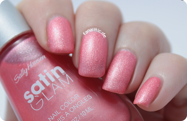 "Sally Hansen ""chic pink"" satin glam LE satinfinish"