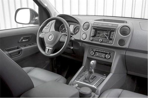 volkswagen amarok interior 2013