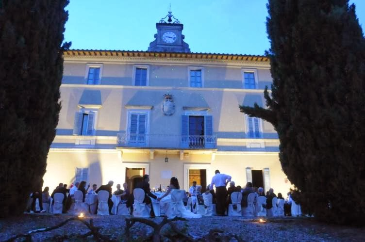 Matrimonio In Un Borgo Toscana : Una splendida location in un antico borgo toscana per