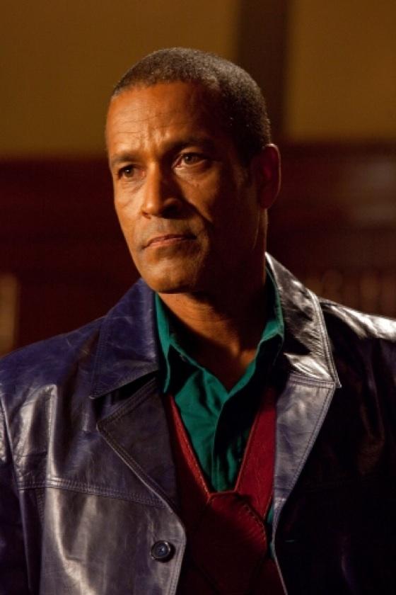 smallville star phil morris reprises villainous role of