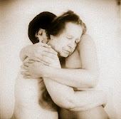 Necesito un grandísimo abrazo tuyo ♥