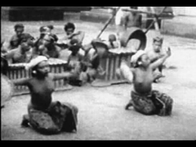 Wanita-wanita Pulau Bali Dulu Tidak Memakai BH