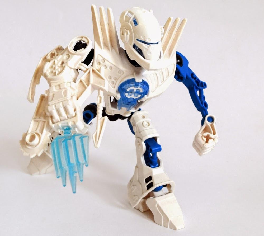 Бионикл и фабрика героев игрушки фильм сильвестром сталлоне гонки