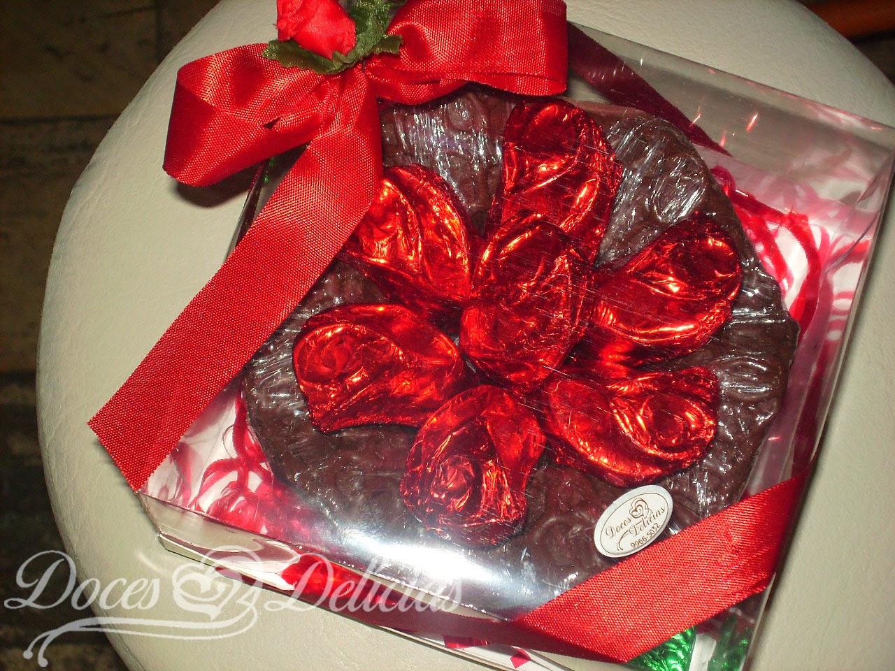 Caixa de flores trufadas vermelhas