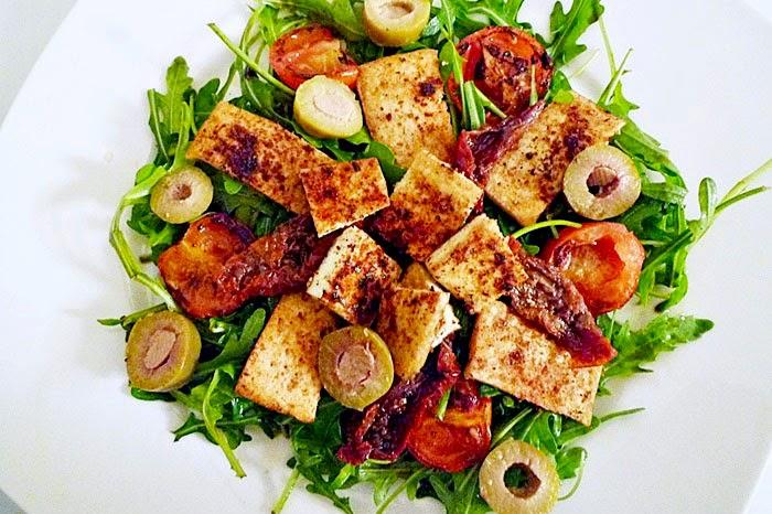 Rucolasalat mit Tofu