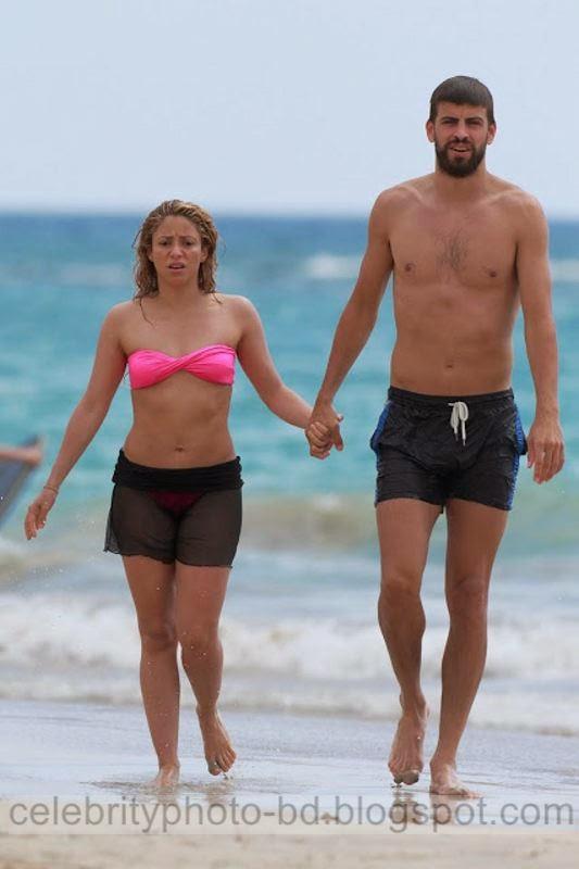 Shakira%2Bin%2BBikini%2B %2BHawaii%2BBeach%2BLatest%2BStills%2B001