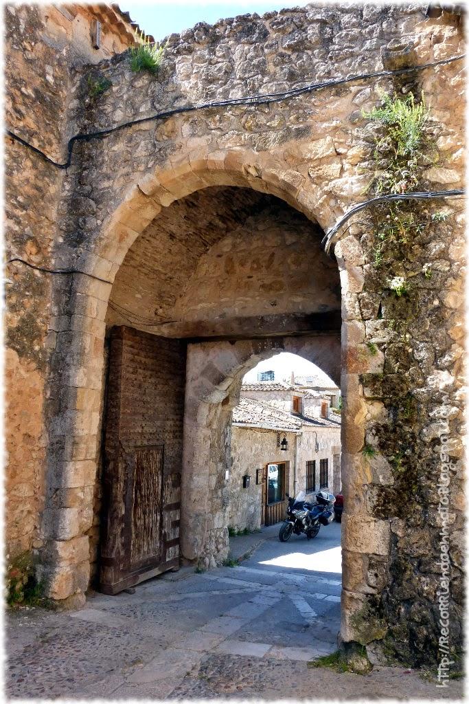 Puerta Maderuelo