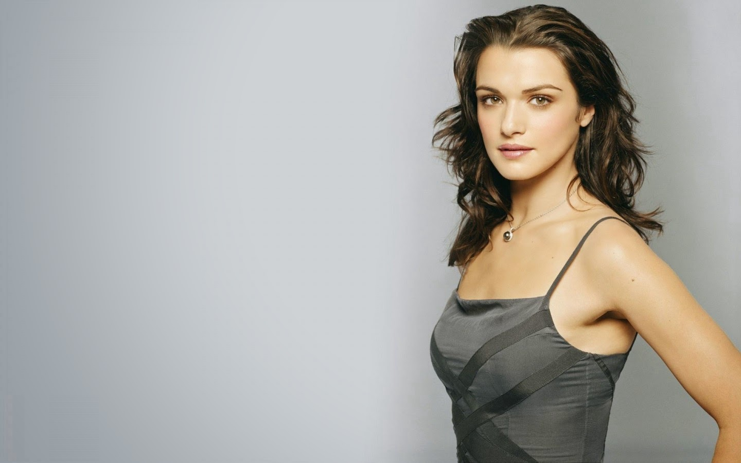 RACHEL WEISZ_WALLSTOWN_IN_HOLLYWOOD ACTRESS_HOLLYWOOD CELEBRITIES