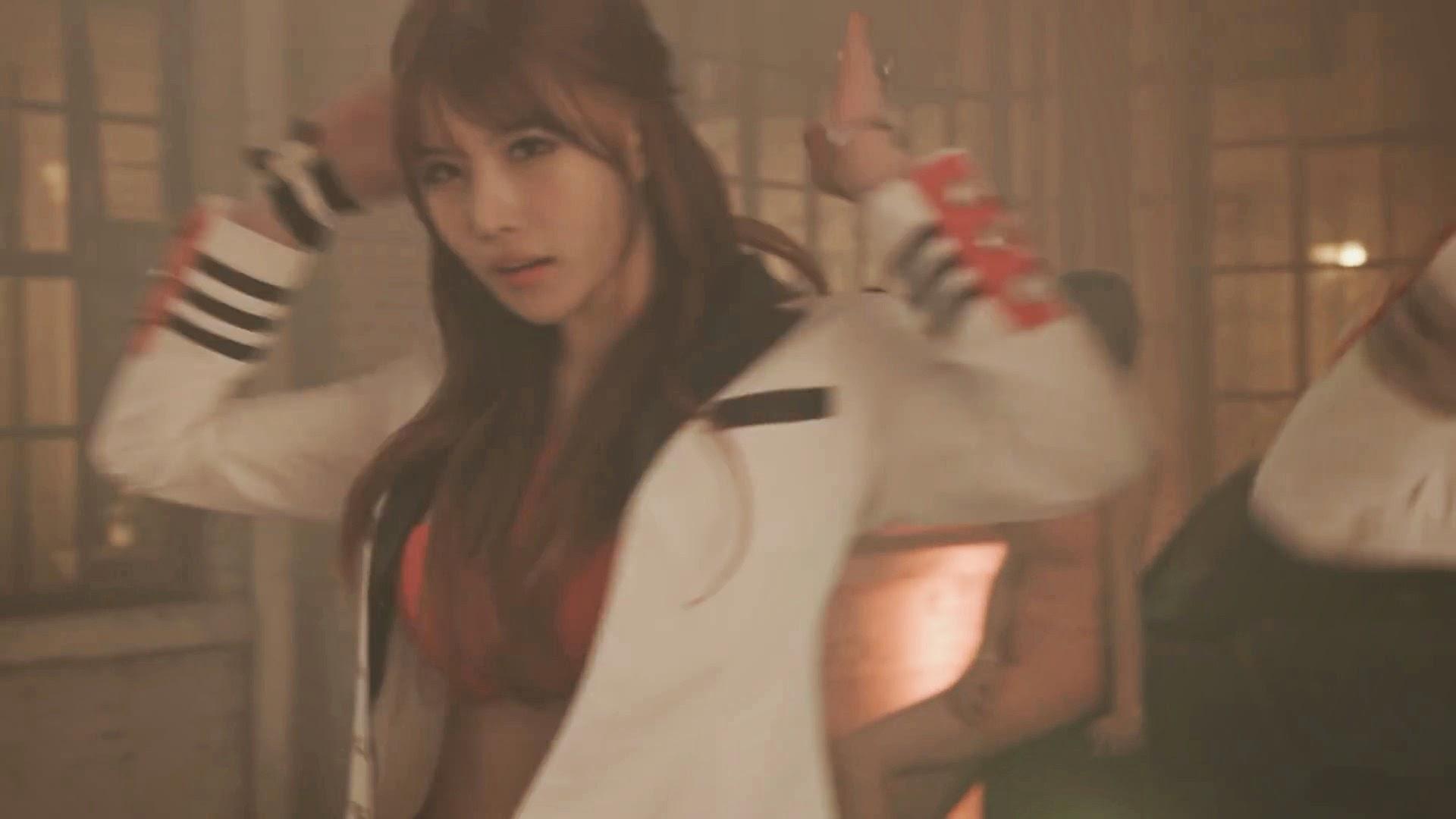 Pocket Girls' Yeonji in Bbang Bbang MV
