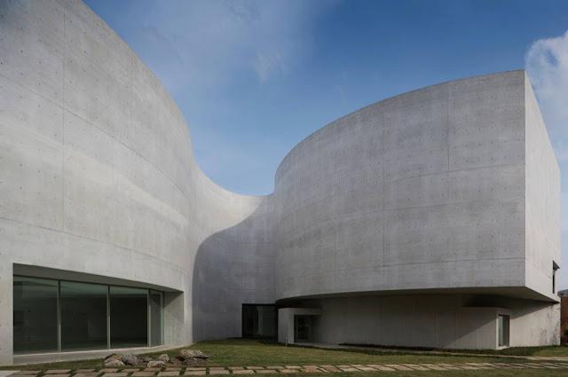 02-Mimesis-Museum por Alvaro Siza-Viera-
